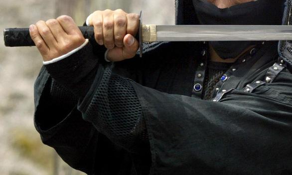 Bảo tàng ninja Nhật bị 'ninja' trộm két sắt trong vài phút - Ảnh 1.