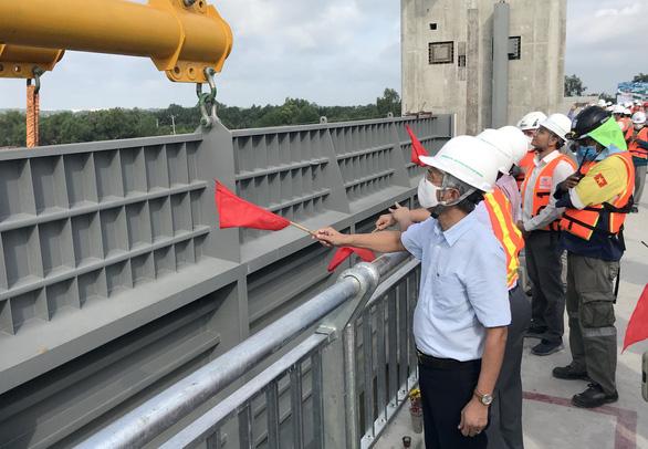 Đại dự án chống ngập ở TP.HCM dời hẹn về đích thêm 2 tháng - Ảnh 3.