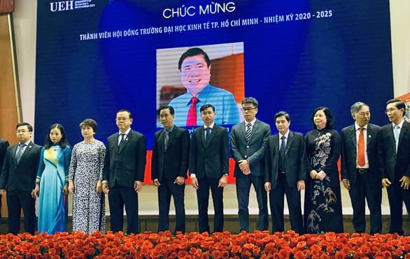 Chủ tịch UBND TP.HCM tham gia Hội đồng Trường ĐH Kinh tế TP.HCM - Ảnh 1.