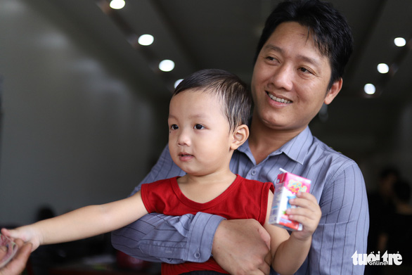 Bố bé trai bị bắt cóc: Tìm thấy con, cả gia tài không thể đo đếm được - Ảnh 1.