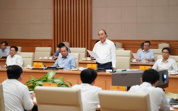 Thủ tướng: Đưa TP.HCM sớm trở thành trung tâm kinh tế, tài chính tầm khu vực và toàn cầu - Ảnh 1.