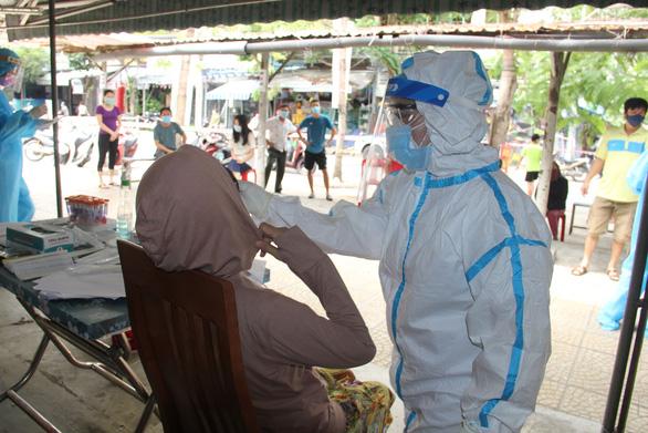 Thêm 7 bệnh nhân COVID-19 mới, tất cả đều ở Đà Nẵng - Ảnh 1.
