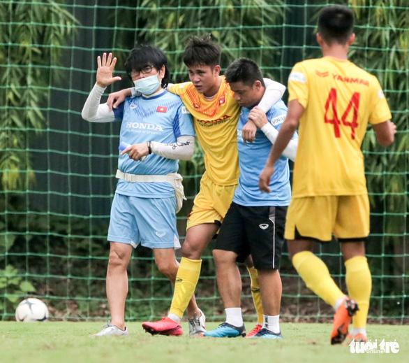 Mưa bàn thắng xuất hiện trong buổi đấu tập thứ hai của U22 Việt Nam - Ảnh 7.