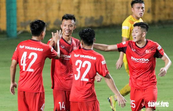 Mưa bàn thắng xuất hiện trong buổi đấu tập thứ hai của U22 Việt Nam - Ảnh 5.