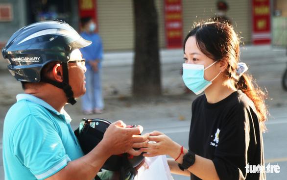 Một thí sinh Nghệ An vô Đà Nẵng thi tốt nghiệp THPT - Ảnh 1.