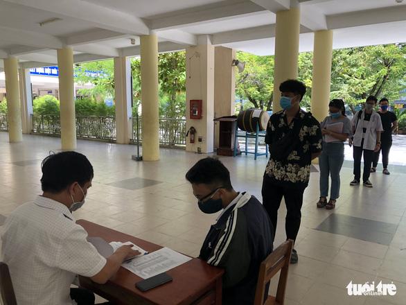 Đà Nẵng rà soát thí sinh thi tốt nghiệp đợt 2 đang ở ngoài thành phố - Ảnh 1.