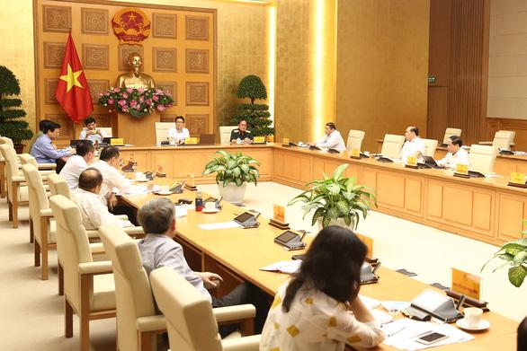 Một số địa phương lợi dụng chính sách, đưa người không đúng quy định vào Việt Nam - Ảnh 1.