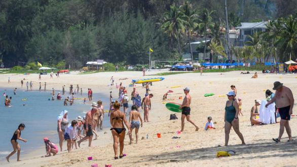 Thái Lan sẽ đón khách nước ngoài đến Phuket từ tháng 10 - Ảnh 1.