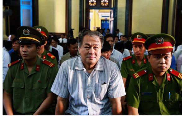 Đang ở tù, Hà Văn Thắm gửi gì đến phiên tòa Hứa Thị Phấn? - Ảnh 2.