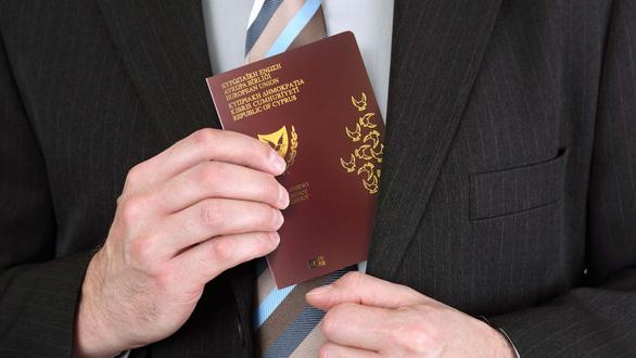 Điều tra của Al Jazeera: Quan chức nhiều nước chi 2,5 triệu USD mua quốc tịch Síp - Ảnh 2.