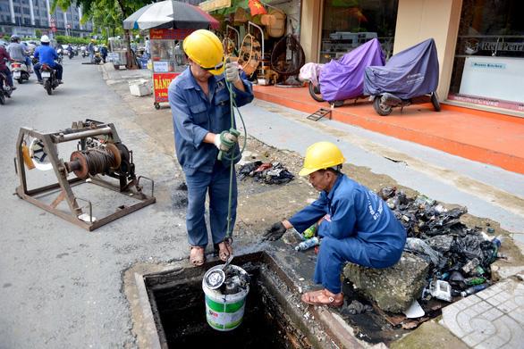 Về đề xuất thu phí thoát nước, Thủ tướng yêu cầu TP.HCM đánh giá kỹ - Ảnh 1.