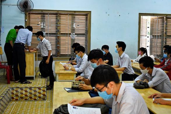 13 thí sinh Khánh Hòa thi tốt nghiệp THPT đợt 2 tại Đắk Lắk - Ảnh 1.