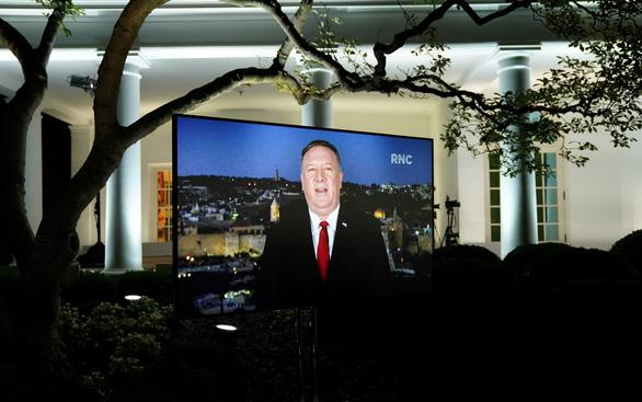 Đảng Cộng hòa ca ngợi ông Trump ở đêm đại hội thứ hai - Ảnh 2.