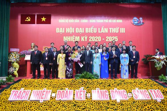 Ông Võ Ngọc Quốc Thuận tái đắc cử bí thư Đảng ủy khối Dân - chính - đảng TP.HCM - Ảnh 1.