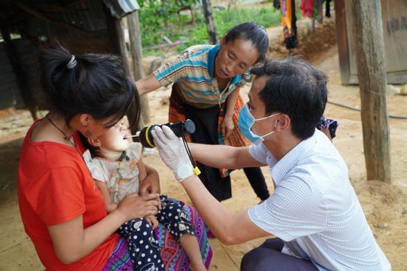 Đắk Nông chi ngay 200 - 300 triệu đồng cho bác sĩ mới về làm việc - Ảnh 1.