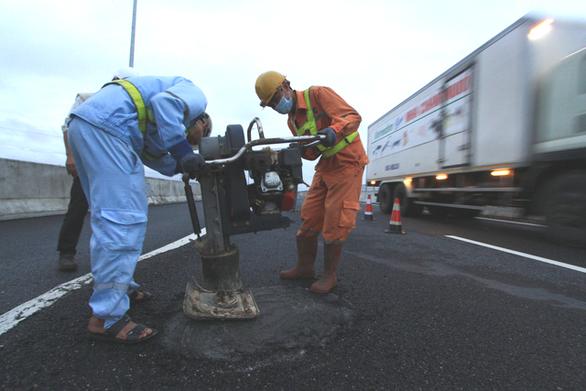 Bộ Công an chỉ ra 4 lỗ hổng' trong đầu tư cao tốc Đà Nẵng - Quảng Ngãi - Ảnh 1.