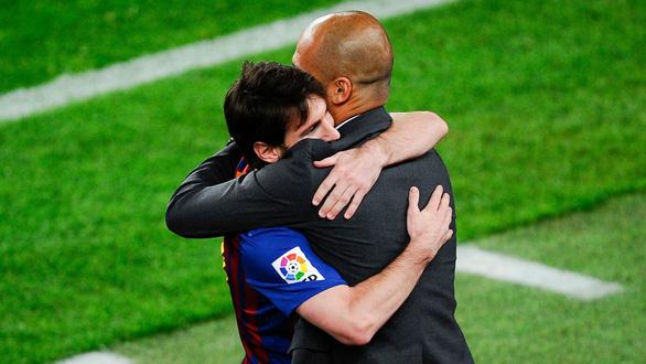 Các hãng cá cược dự báo Messi về Manchester City - Ảnh 1.