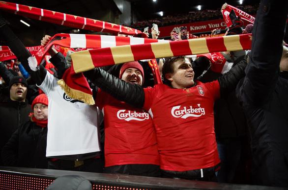 Carlsberg thổi nhiệt cho chiến thắng của Liverpool FC thêm huy hoàng - Ảnh 1.