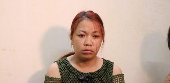 Bắt tạm giam người phụ nữ bắt cóc bé trai, người tình không liên quan vụ án - Ảnh 1.