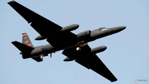 Máy bay trinh sát của Mỹ đi vào vùng cấm bay Trung Quốc đang tập trận - Ảnh 1.