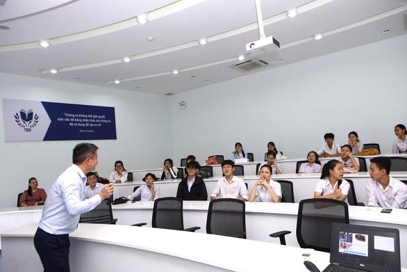 Đại học giảm 80% học phí cho tân sinh viên