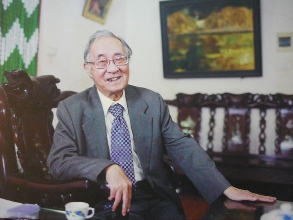 Học giả Phan Ngọc qua đời - Ảnh 1.