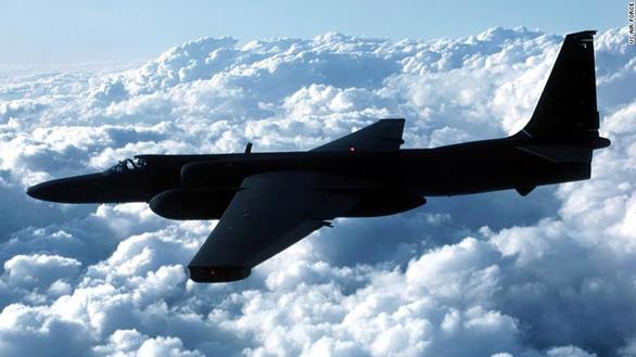 Trung Quốc nói máy bay do thám U-2 của Mỹ gây rối tập trận ở Biển Đông. - Ảnh 1.
