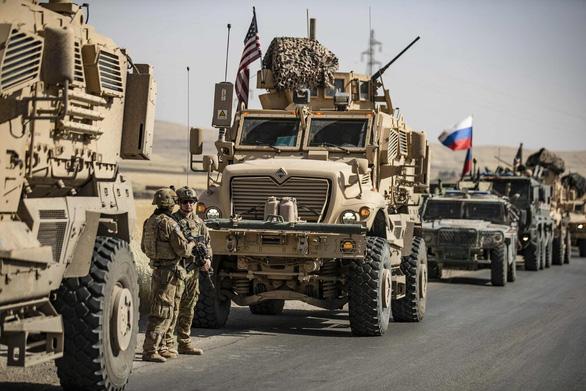 Lính Mỹ bị thương khi đụng độ lính Nga ở Syria - Ảnh 1.