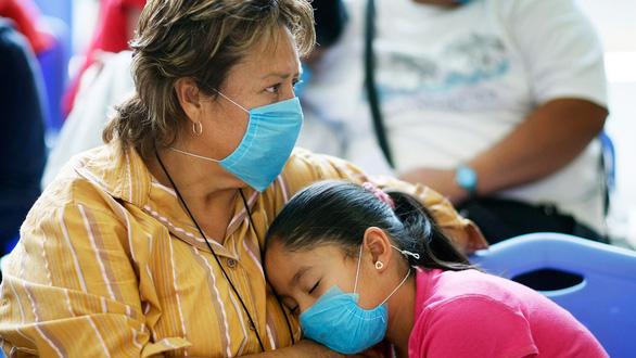 Vắc xin COVID-19: Khó còn cửa cho các nước nghèo? - Ảnh 4.