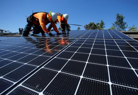 Điện mặt trời chỉ sạch khi tái chế pin - Ảnh 1.
