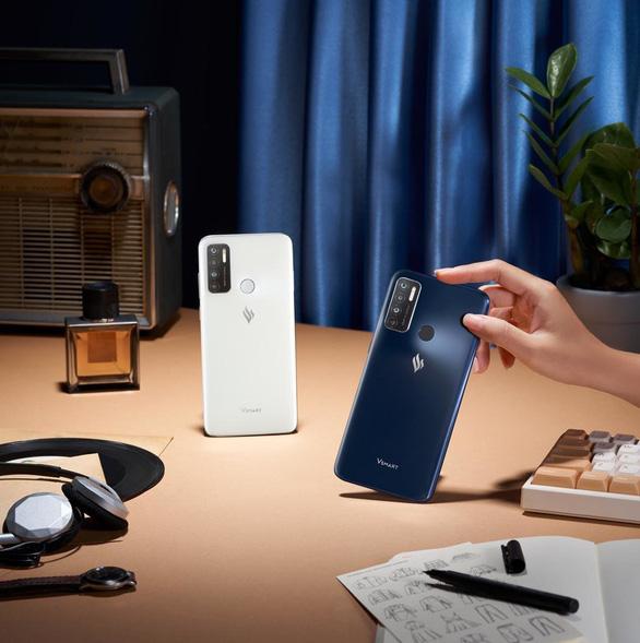 Vinsmart ra mắt smartphone tự chủ 100% - Ảnh 1.