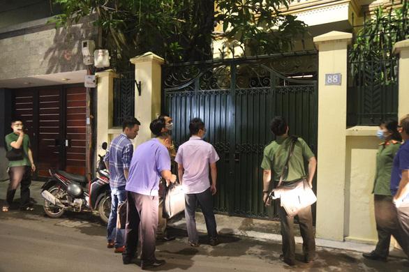 Khám xét nhà chủ tịch Hà Nội Nguyễn Đức Chung - Ảnh 2.