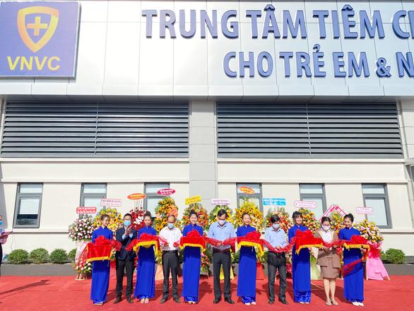 Khai trương 3 trung tâm VNVC Quảng Ngãi, Pleiku, Nguyễn Thái Học - Ảnh 1.
