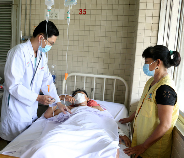 Nghi phạm chém đứt chân thiếu niên 15 tuổi ở Tây Ninh ra đầu thú - Ảnh 1.