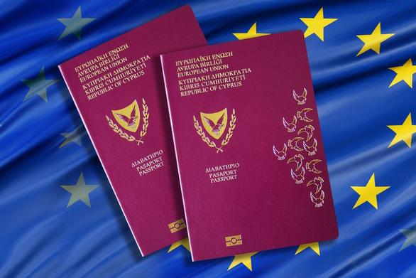 EU yêu cầu Cyprus và Malta giải trình chương trình hộ chiếu vàng - Ảnh 1.