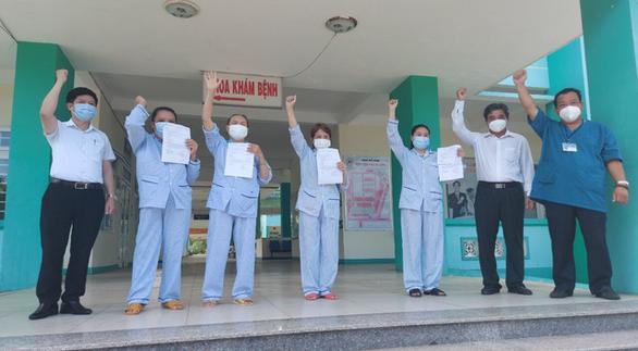 Nhân viên y tế ở Đà Nẵng tái dương tính sau khi xuất viện - Ảnh 1.