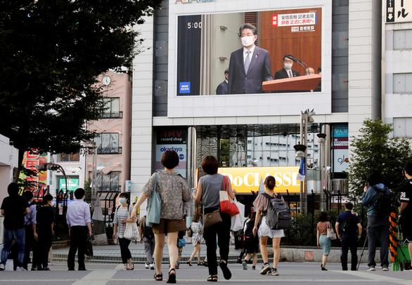 Thủ tướng Nhật Shinzo Abe tuyên bố từ chức: 'Tôi xin lỗi người dân từ tận đáy lòng' - Ảnh 2.