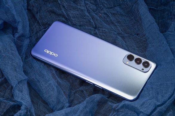 Chiêm ngưỡng phiên bản màu tím khói của OPPO Reno4 vừa ra mắt - Ảnh 4.