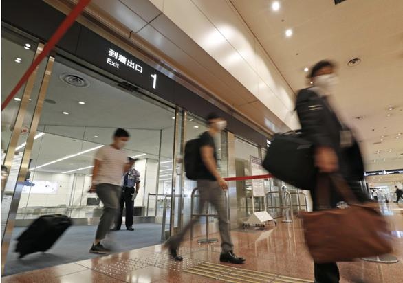 Nhật Bản cho người nước ngoài nhập cảnh lại từ 1-9 - Ảnh 1.