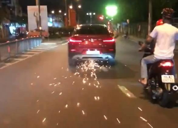 Nữ tài xế BMW gây náo loạn đường phố: Nhậu từ trưa đến tối, vẫn tự cầm lái - Ảnh 2.