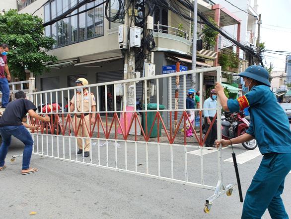 Từ 0h ngày 4-8, Biên Hòa không tập trung quá 20 người, ngưng hớt tóc, tập gym - Ảnh 2.