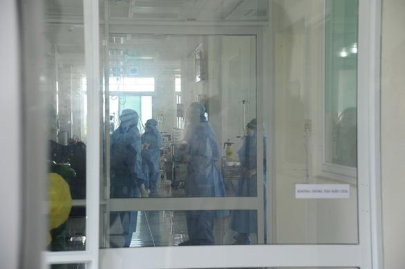 Các ca bệnh mới ở Quảng Nam là người buôn bán, tiếp xúc nhiều nhưng không nhớ - Ảnh 2.