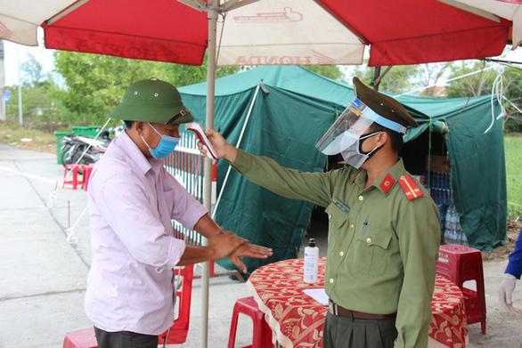 Các ca bệnh mới ở Quảng Nam là người buôn bán, tiếp xúc nhiều nhưng không nhớ - Ảnh 1.