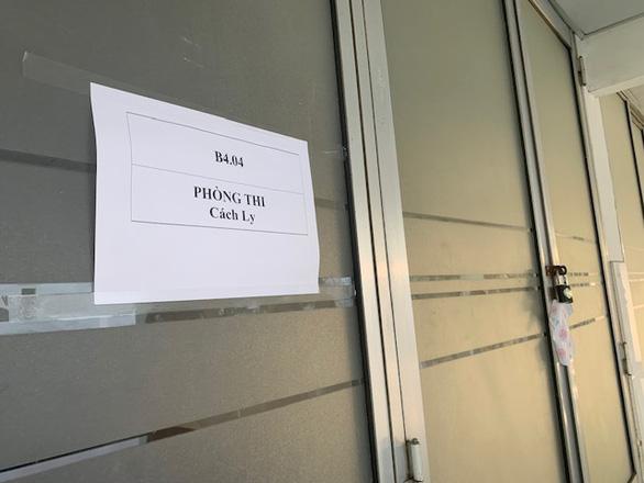 Nhiều thí sinh bỏ thi đánh giá năng lực của ĐH Quốc gia TP.HCM - Ảnh 2.