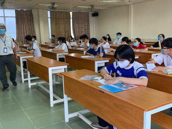 Nhiều thí sinh bỏ thi đánh giá năng lực của ĐH Quốc gia TP.HCM - Ảnh 3.