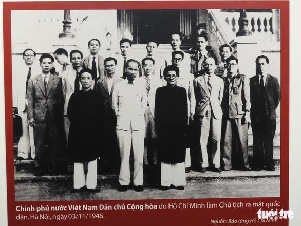 Cuộc chiến chống COVID-19 và Vinfast có mặt ở triển lãm Việt Nam độc lập, tự cường - Ảnh 4.