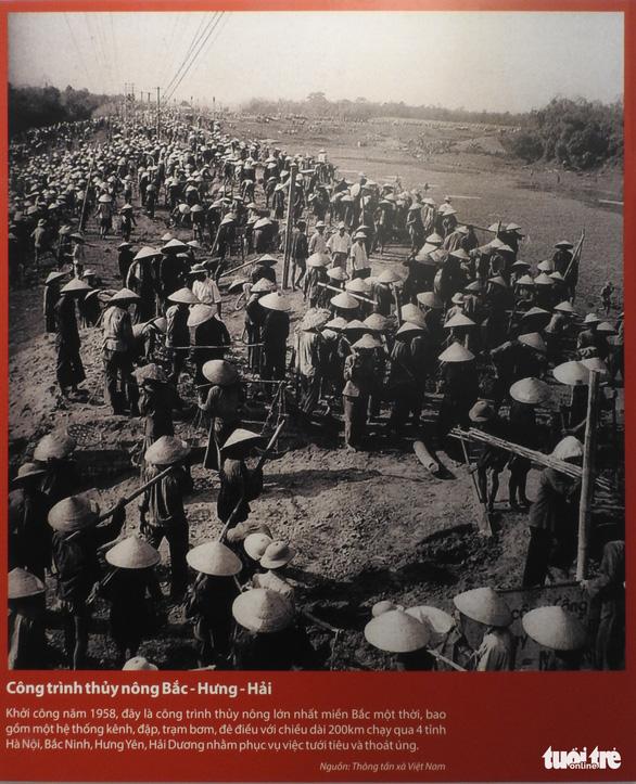 Cuộc chiến chống COVID-19 và Vinfast có mặt ở triển lãm Việt Nam độc lập, tự cường - Ảnh 7.