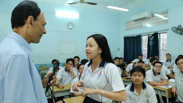 Học sinh đạt trình độ ngoại ngữ chuẩn quốc tế: Thách thức lớn từ chất và lượng của giáo viên - Ảnh 1.