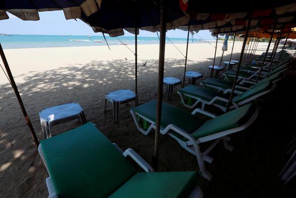 Thái Lan đánh cược với 'Mô hình Phuket' nhằm cứu ngành du lịch - Ảnh 2.