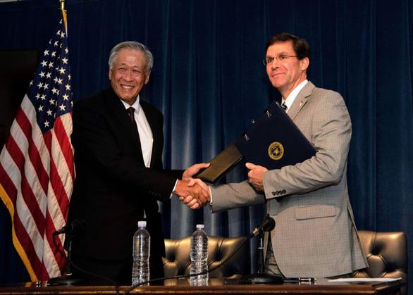 Singapore ủng hộ Mỹ tiếp tục hiện diện ở Đông Nam Á - Ảnh 1.
